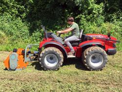 mulcher für front u heckanbau mittelschwere ausführung 140 cm mod puma 140 rev