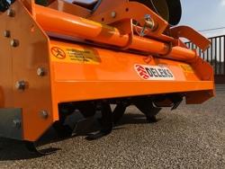 umkehrfräse mit feinkrümmelwalze für traktor mod dfu 120