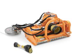 mittelschwerer mulcher mit hydraulische seitenverstellung und zwischenreihenscheibe für traktoren mod interfila 150