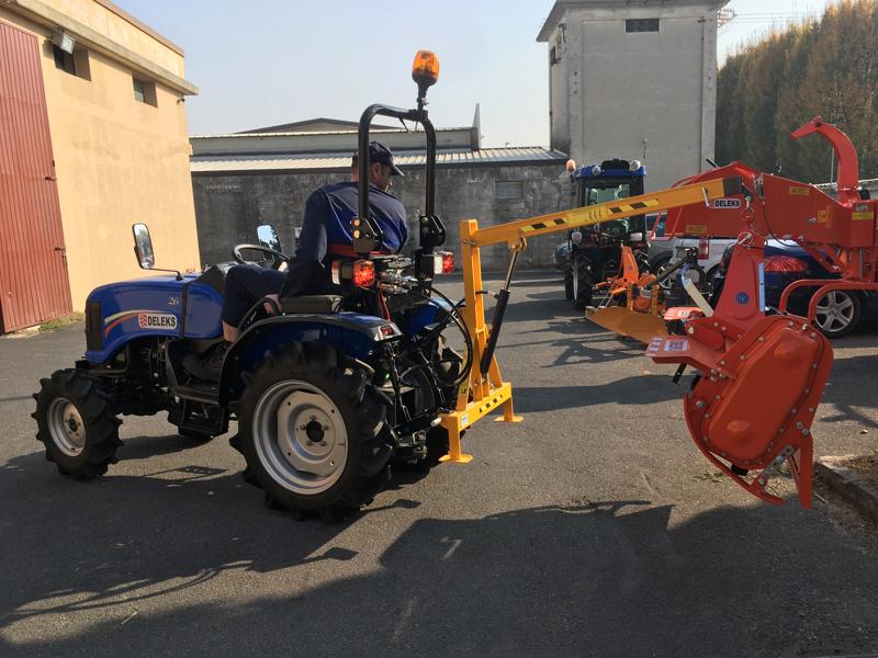 hydraulischer-hubkran-für-kleintraktoren-mod-el-200