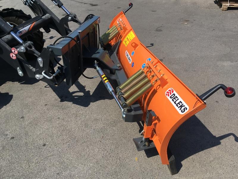 schneeschild-mit-euroaufnahme-für-frontlader-mittelschwere-ausführung-mod-ln-200-e