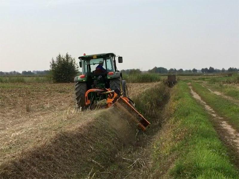 böschungsmulcher-schwere-ausführung-für-traktoren-von-70-110-ps-mod-alce-180