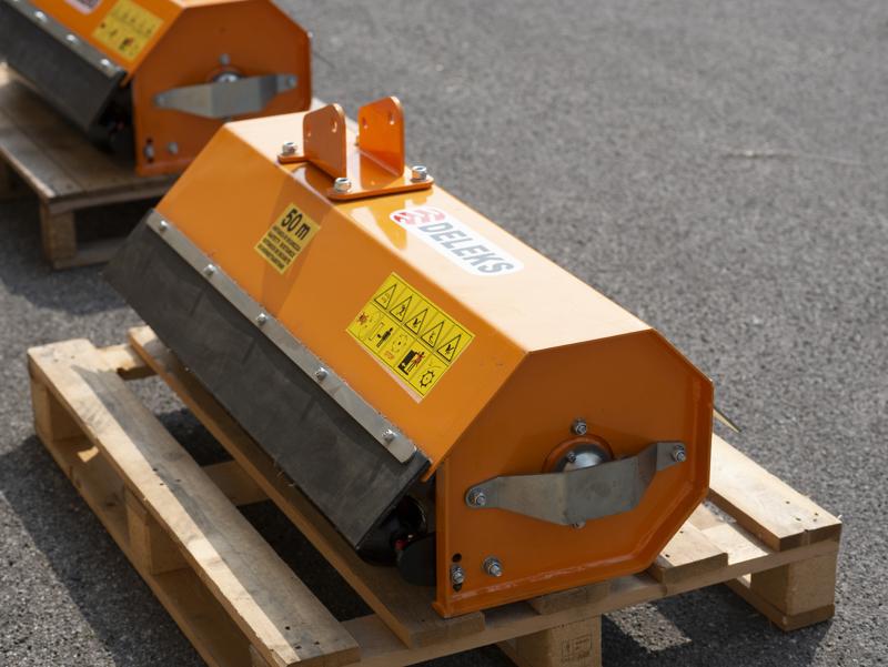 hydraulischer-mulchkopf-für-minibagger-mod-ar-100