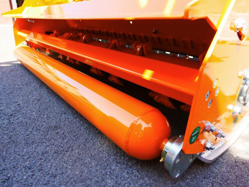 mulcher-mit-seitenverstellung-für-mittelschwere-ausführung-160-cm-mod-leopard-160-sp