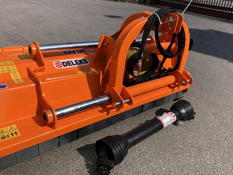 mulcher-mit-hammerschlegel-hydraulisch-verstellbar-schwere-ausführung-mod-toro-240