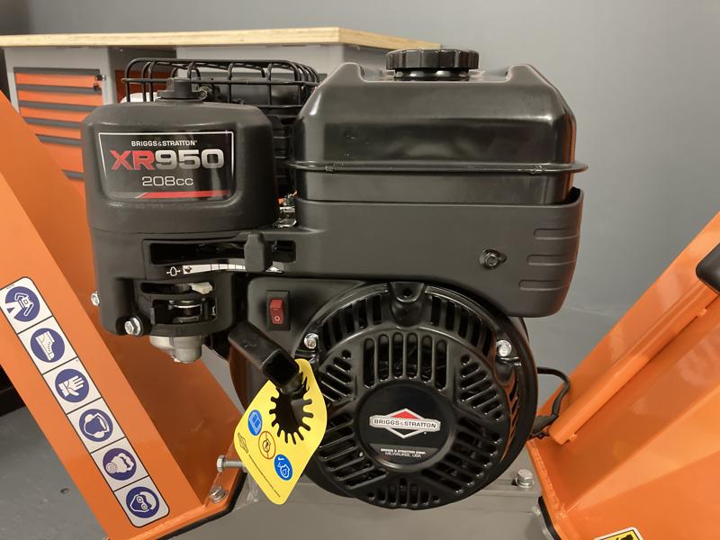 benzin-häcksler-schredder-mit-lifan-motor-mod-dk-500-bs